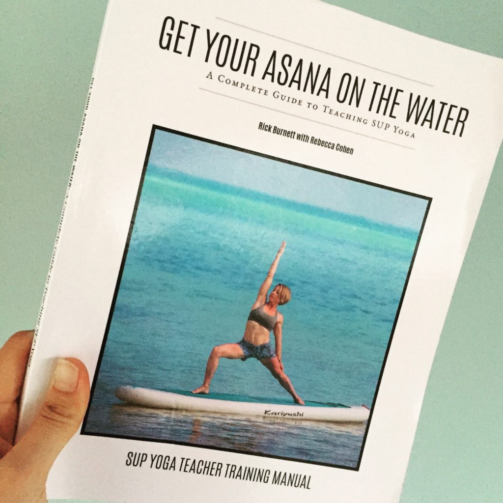 Loef Yoga Mind Roosendaal supyoga asana on the water